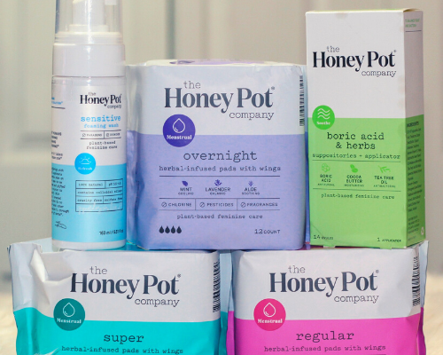 All-Natural Feminine Hygiene Products for Women to Use in Their Routine