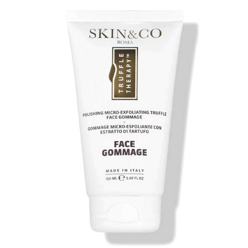 One of the best skincare gifts for women is the Face Gommage from Skin and Co Roma.
